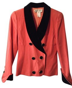 Karl Lagerfeld Pink wool skirt suit with black velvet collar, cuffs and skirt