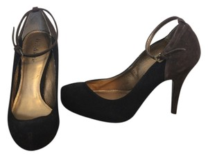 Kelly & Katie Pump Ankle Strap Suede Black and Brown Pumps
