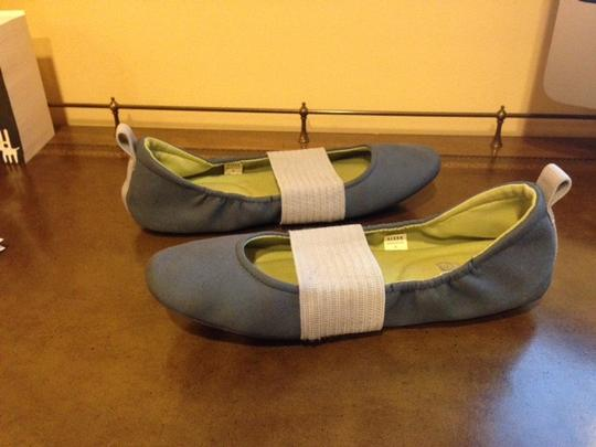 Other Slip-on Design With Elastic Band For A Stretch Fit Chic Footbed With Cushioned For Enhanced Support blue & gray Flats