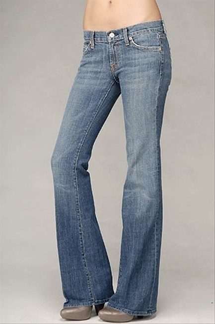 Preload https://item5.tradesy.com/images/seven-jeans-for-all-mankind-flare-leg-jeans-washlook-1344974-0-0.jpg?width=400&height=650