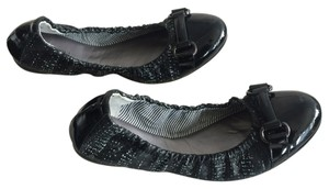 Tahari Black/White Flats