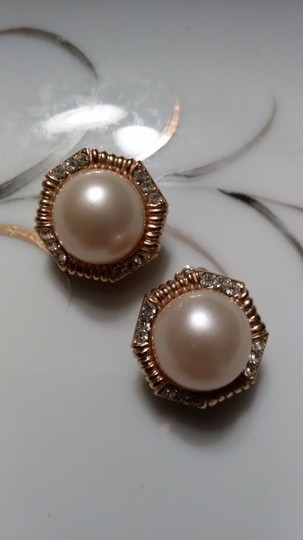 Other Ciner Faux Pearl & Rhinestone Clip On Earrings Image 3