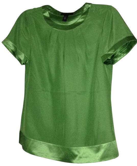 Preload https://img-static.tradesy.com/item/134636/banana-republic-green-flowy-silk-blouse-size-4-s-0-0-650-650.jpg