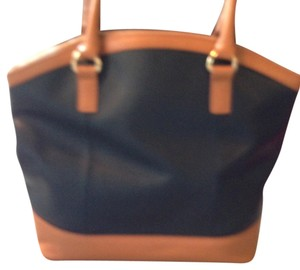 Cynthia Rowley Sturdy Very Roomy Tote in Black with Tan Trim