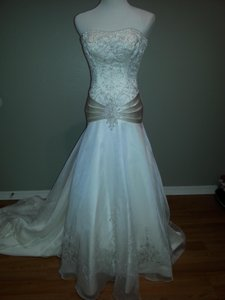 Private Label By G #8362 Wedding Dress