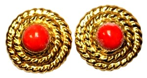 Corol Clips Red Carpet Carol Classic Button Earrings