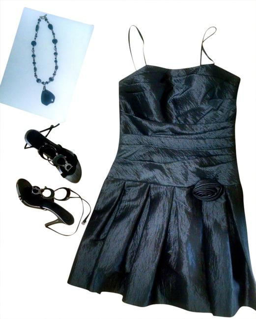 Preload https://img-static.tradesy.com/item/1346991/max-and-cleo-gray-and-sleeveless-knee-length-p901-mid-length-cocktail-dress-size-10-m-0-0-650-650.jpg