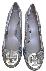 Tory Burch Natural/ Gold Wedges