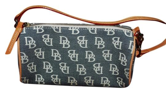 Preload https://item2.tradesy.com/images/dooney-and-bourke-hp17q-blue-gray-canvas-baguette-1347261-0-0.jpg?width=440&height=440
