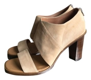 Modern Vintage Chunky Heel Suede Leather Tan Beige Strappy Nude Sandals