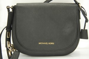 Michael Kors Sb-15894- Cross Body Bag