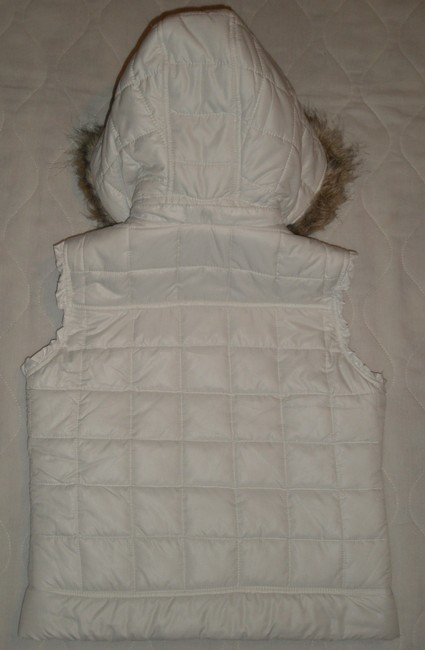 Justice Snap Front Closure Removeable Hood With Faux Fur Trim 2 Hand Pockets Vest