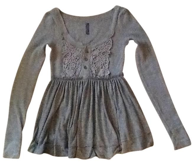 Preload https://item2.tradesy.com/images/free-people-grey-flowy-thermal-lace-blouse-size-4-s-134771-0-0.jpg?width=400&height=650