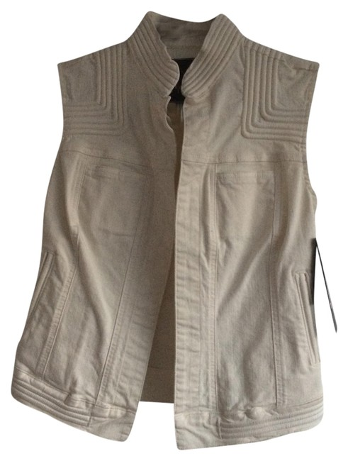 Preload https://item5.tradesy.com/images/marciano-creamwhite-elin-king-clay-vest-size-4-s-1348259-0-0.jpg?width=400&height=650