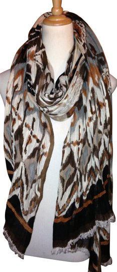 Preload https://item2.tradesy.com/images/h-and-m-scarfwrap-134846-0-0.jpg?width=440&height=440