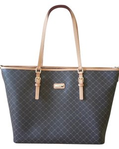 Rioni Tote in Signature Brown