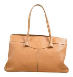 Tod's Tods Grained Leather Top Shoulder Bag