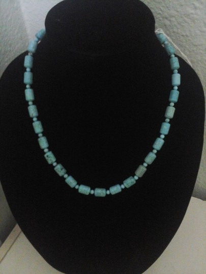 Preload https://item2.tradesy.com/images/unknown-authentic-turquoise-stone-necklace-1348831-0-0.jpg?width=440&height=440