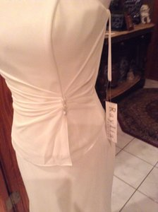 Raylia Designs Ivory Chiffon/ Satin Top 7207sl/ Skirt 7467s Formal Bridesmaid/Mob Dress Size 10 (M)