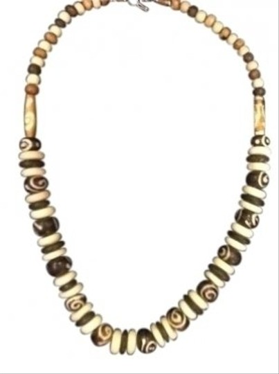 Preload https://item4.tradesy.com/images/brown-and-cream-painted-beads-necklace-134898-0-0.jpg?width=440&height=440