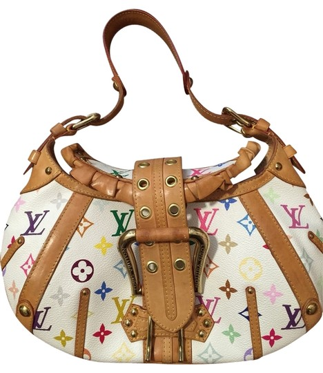 Preload https://item4.tradesy.com/images/louis-vuitton-clutch-multicolor-1349058-0-0.jpg?width=440&height=440