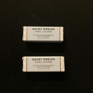 Marc Jacobs 2 X Marc Jacobs Fragrances Daisy Dream Eau de Toilette mini rollerball