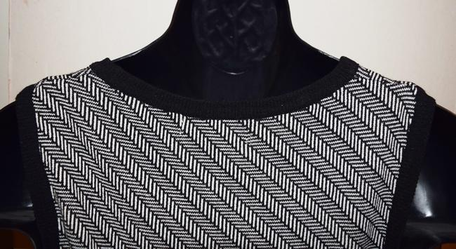 Alfani Pull Over Knitted Stretchy Soft Versatile Fun Or Work Comfortable Cute Unique Just Right Vest