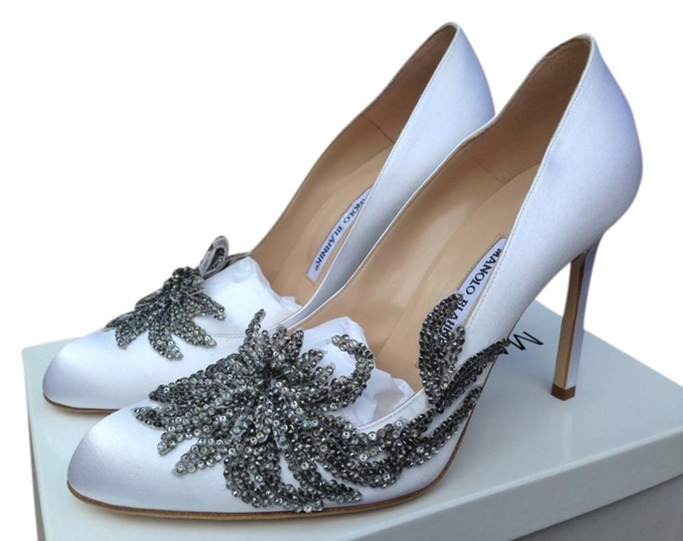 e3e4a60f9c969 Manolo Blahnik White Swan Formal Shoes Size US 9 Regular (M, B ...