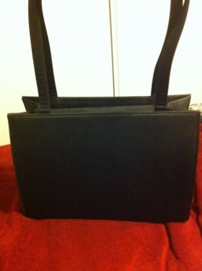 Kate Spade Fabric Hardly/Gently Worn. Such A Classic Shoulder Bag