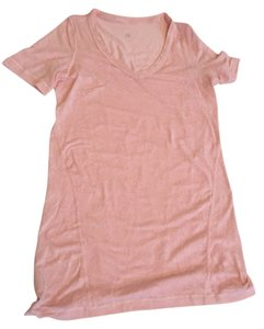 Lululemon T Shirt pale pink