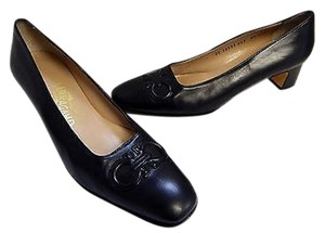 Salvatore Ferragamo Gancini Leather Black Pumps
