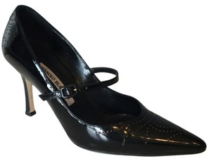 Manolo Blahnik Black Patent Leather With Pink Pumps