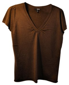 a.n.a. a new approach Size M Soft Cotton Top Chocolate