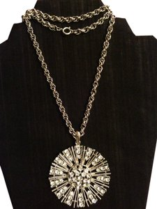 Vintage Crystals Silver Tone Sunburst Necklace Vintage Crystals Silver Tone Sunburst Necklace