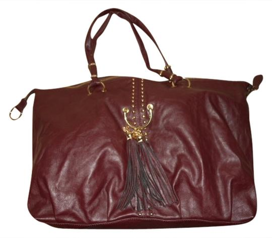 Preload https://img-static.tradesy.com/item/1351182/lionel-large-burgandy-faux-leather-tote-0-0-540-540.jpg