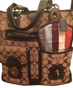 Coach Tote in Brown and Beige