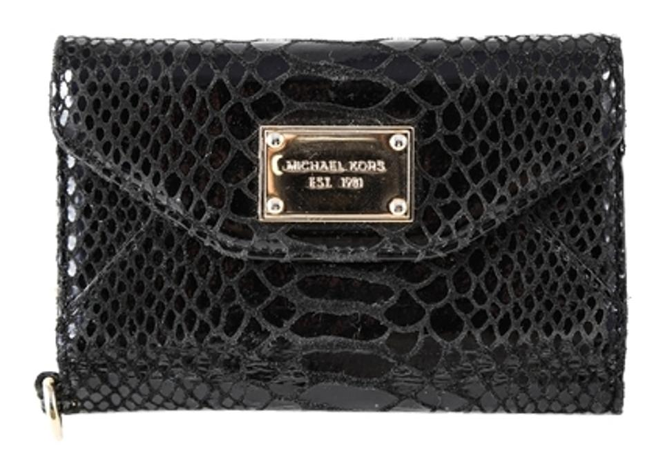 ca0cdf6a8f1a Michael Kors * Michael Kors Wallet Clutch Black Python Case for iPhone  Image 0 ...