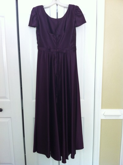 Preload https://item3.tradesy.com/images/alfred-angelo-purple-satin-traditional-bridesmaidmob-dress-size-14-l-1351682-0-0.jpg?width=440&height=440