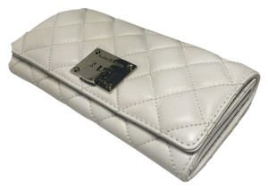 Michael Kors Michael Kors Astrid Carryall Clutch Wallet Quilted Optic White Leather