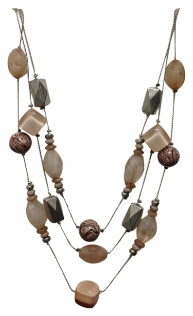 Item - Pink/Peach Silver 3 Layer Necklace