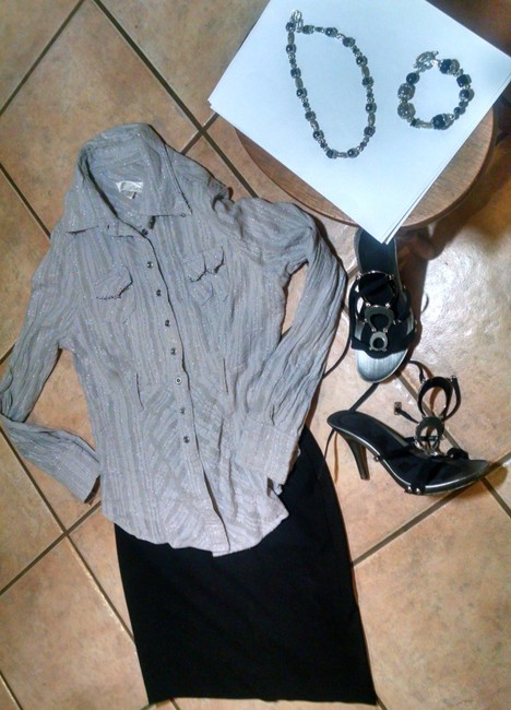 Interlude P904 Size Large Button Down Shirt gray, silver