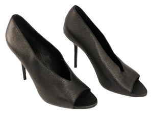 Burberry Leather Made In Italy Black Pumps