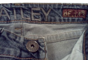 dELiA*s Bailey Boot Cut Jeans-Medium Wash