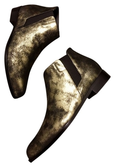 Preload https://img-static.tradesy.com/item/13526662/giuseppe-zanotti-new-w-tag-metallic-gold-ankle-bootsbooties-size-us-9-regular-m-b-0-1-540-540.jpg
