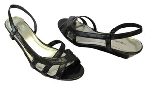 Style & Co Size 6.50 M Very Good Condition Black Sandals