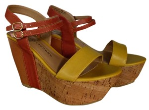 Chinese Laundry Summer Wedge Strappy Mustard Pumpkin orange yellow cork Sandals