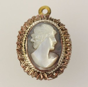 Carved Cameo Pendant - 800 Silver Gold Plated Mother Of Pearl Womens Estate