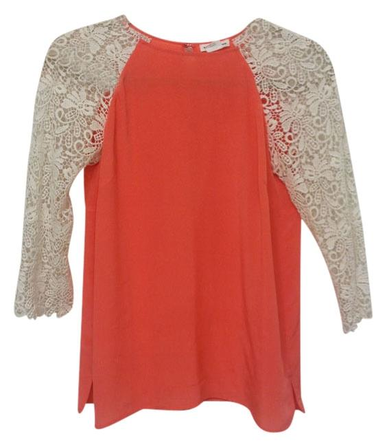 Club Monaco Top coral beige