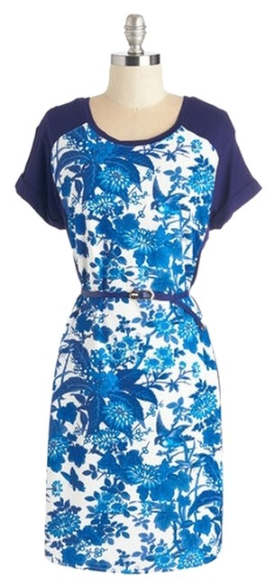 Preload https://img-static.tradesy.com/item/13535722/sunny-girl-blue-floral-above-knee-workoffice-dress-size-8-m-0-1-650-650.jpg