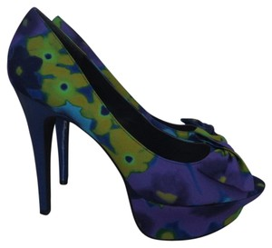 Jessica Simpson Platform Blue Pumps